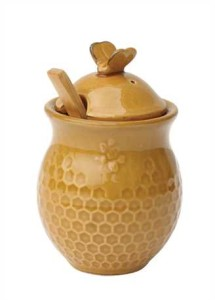 honey pot with wooden handle