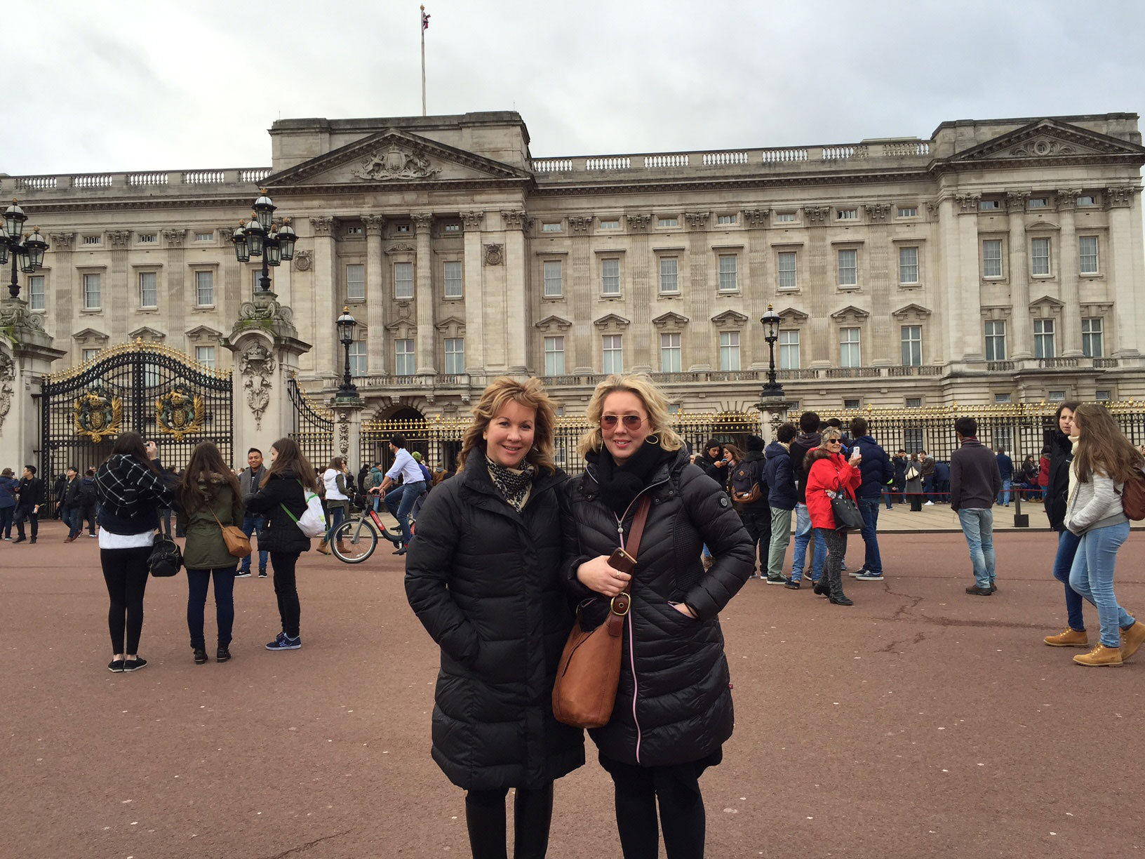 Tamra and Cindy in London